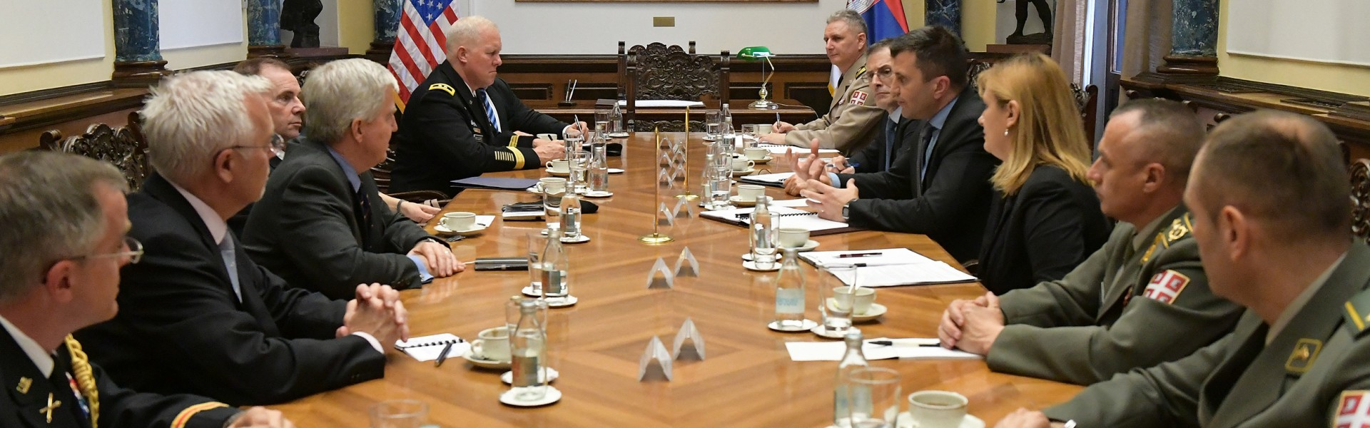 Meeting of Minister Djordjevic with General Hodges