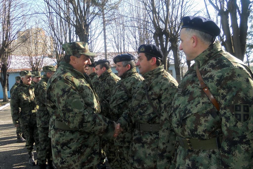 Начелник Генералштаба у обиласку јединица у Новом Саду