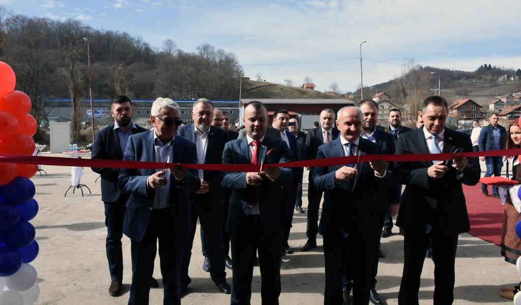 Ministar Vulin Novac koji je obezbedio predsednik Vučić menja na bolje život ljudi u Srebrenici