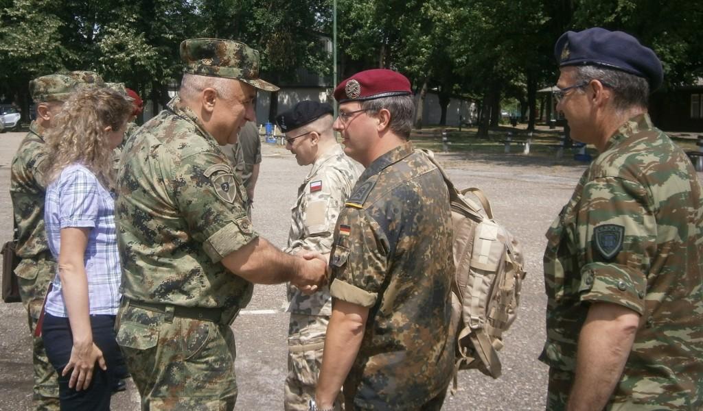 Страни војни представници у посети Другој бригади