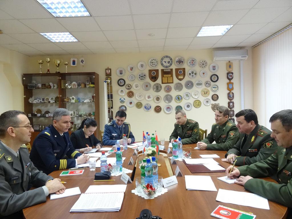 Унапређење војне сарадње са Белорусијом