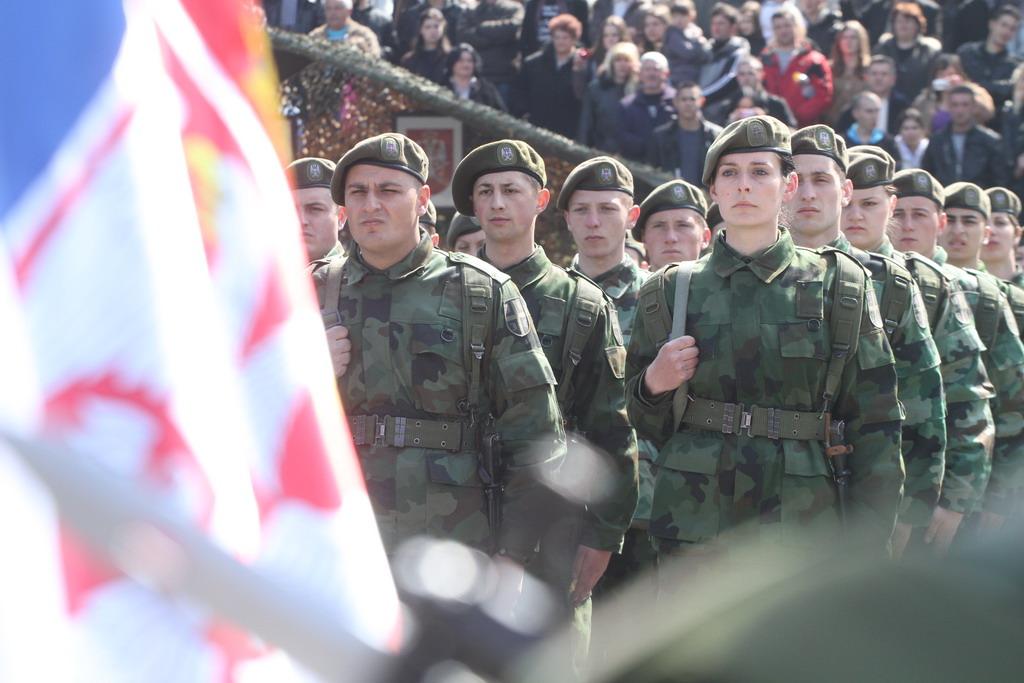 Информација о упуту кандидата на добровољно служење војног рока у марту 2014 године
