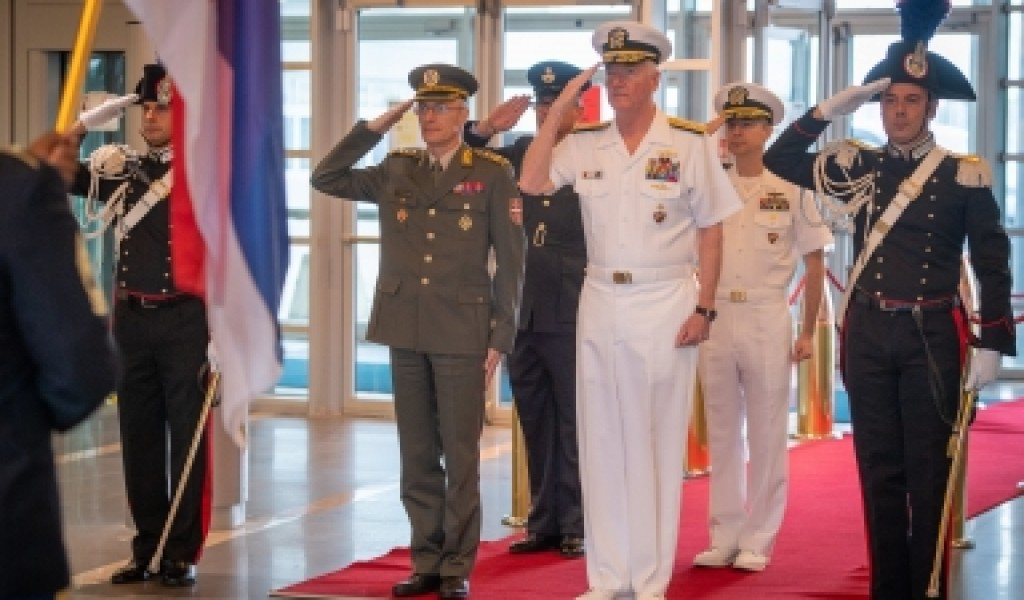 Chief of the General Staff with the Commander of the Allied Joint Force Command Naples