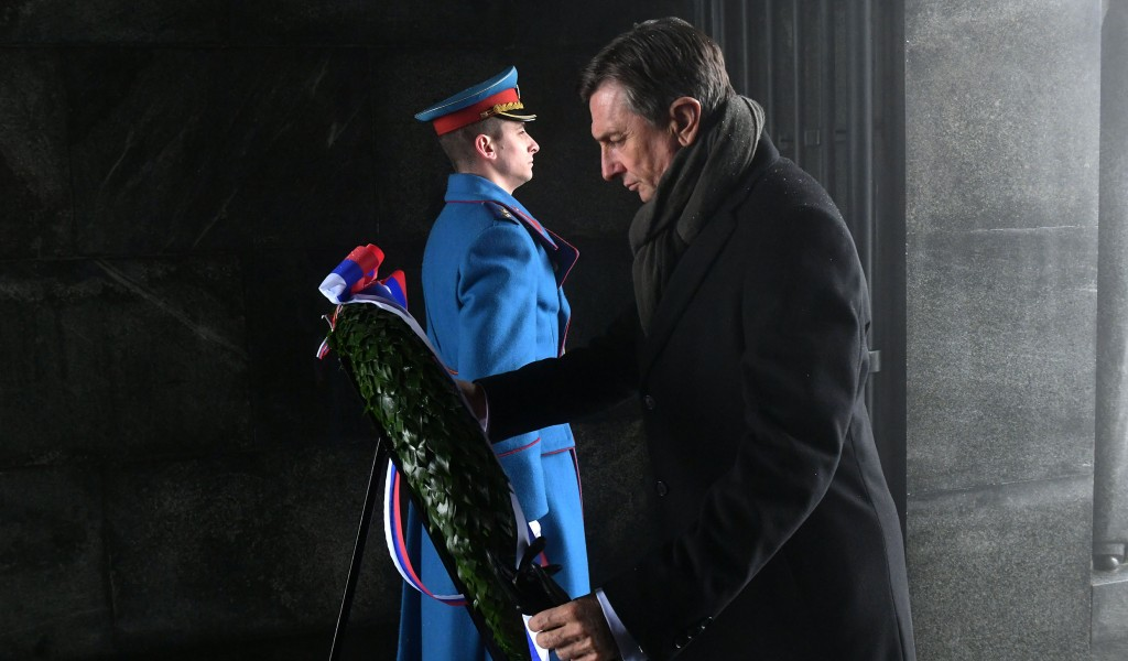 President of the Republic of Slovenia Laid a Wreath at the Monument to Unknown Hero