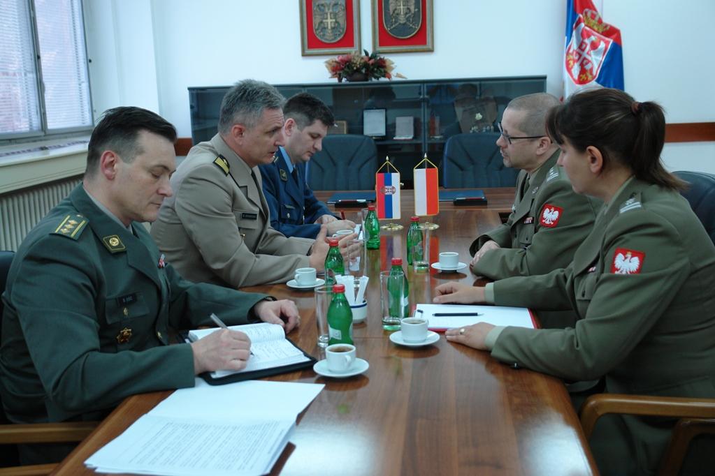 Наставак сарадње у области одбране са Пољском
