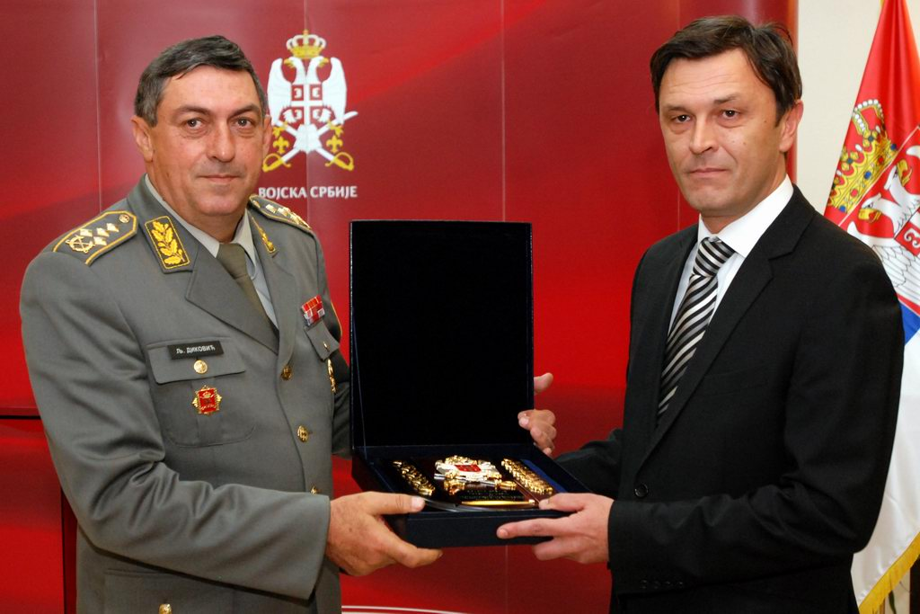 Признања за организацију свечаности поводом Дана Војске Србије
