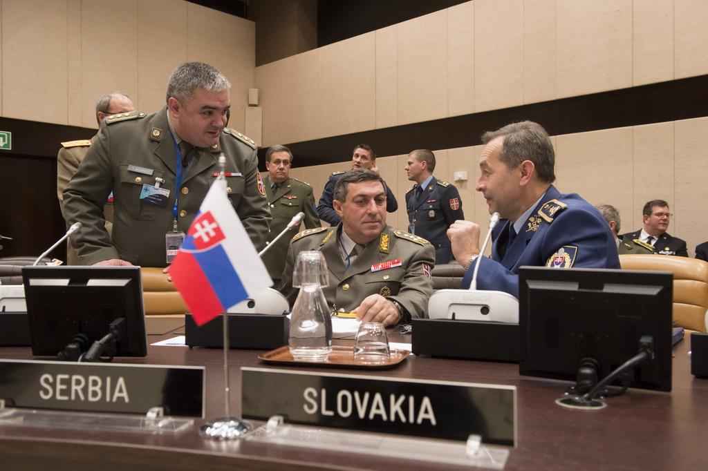 General Diković na sastanku Vojnog komiteta u Briselu