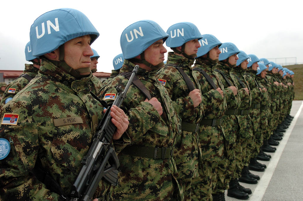 Seeing the Serbian peacekeepers off to Cyprus and Lebanon
