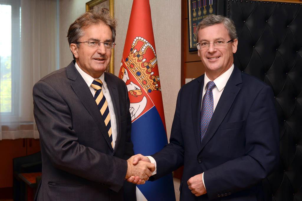 Састанак министра одбране са амбасадором Aустрије