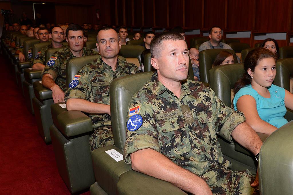 Састанак министра одбране са сталним координатором УН у Србији