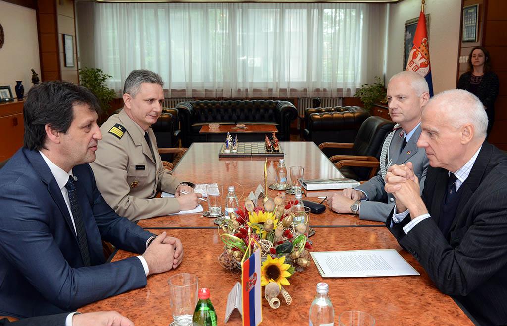 Састанак министра одбране са амбасадором Немачке