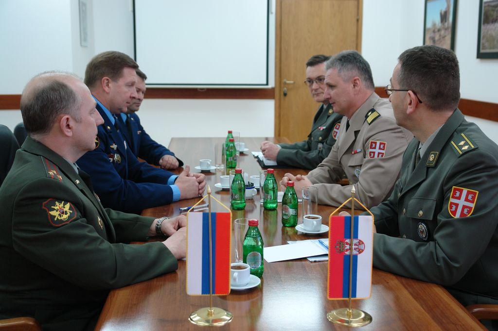 Интензивирање сарадње у области одбране са Руском Федерацијом