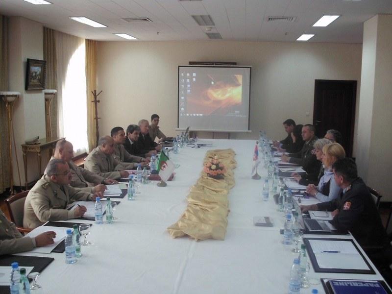 Делегација Mинистарства одбране у Алжиру