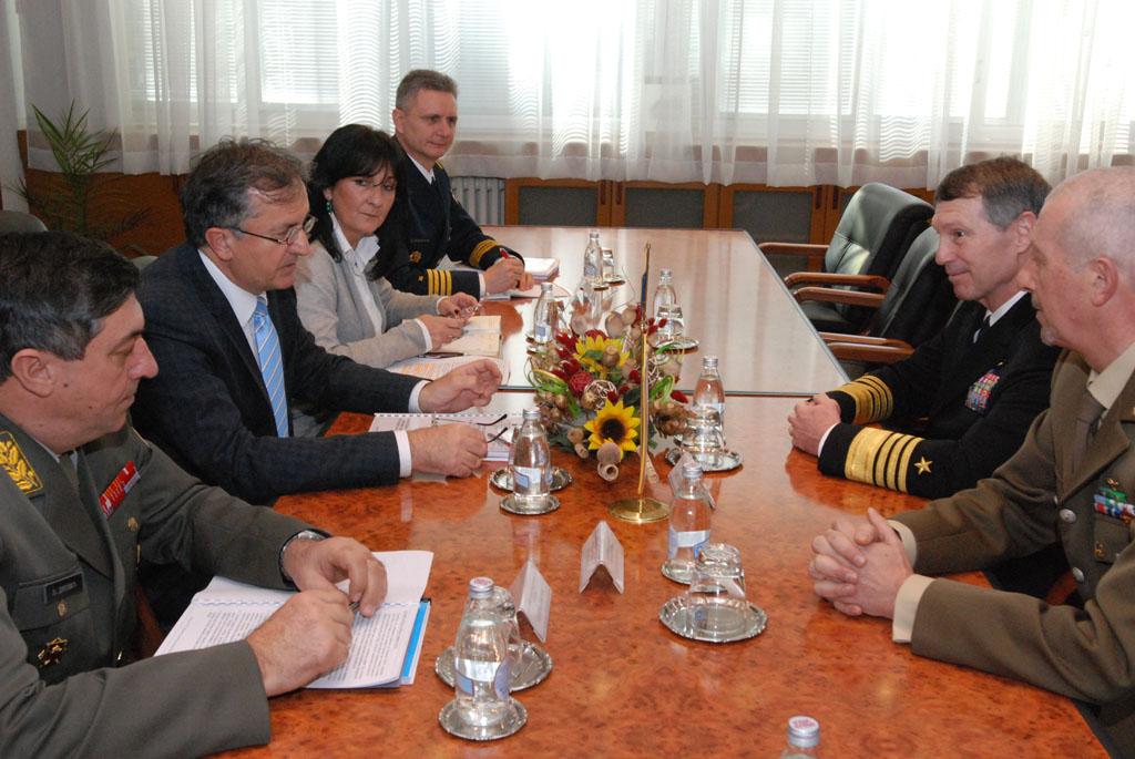 Ministar Rodić primio komandanta NATO Združenih snaga Napulj