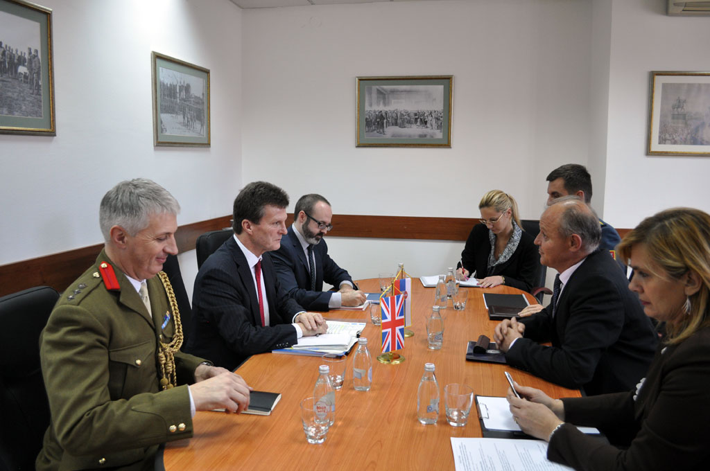 Cooperation between Serbia and the United Kingdom