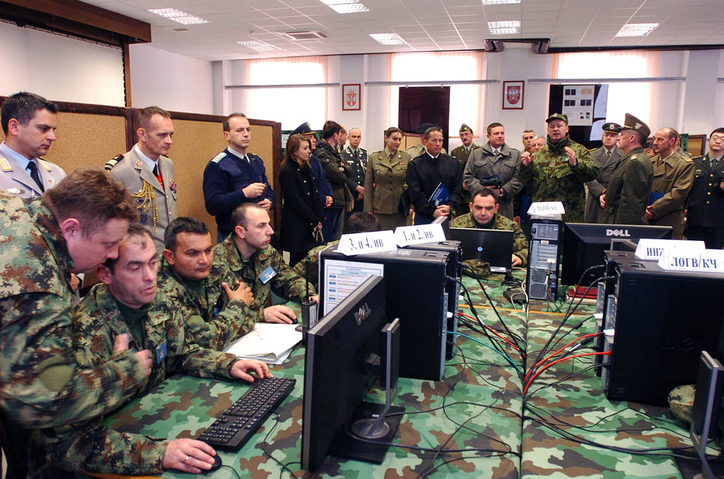Foreign military representatives visit Centre for Simulations and Distance Learning