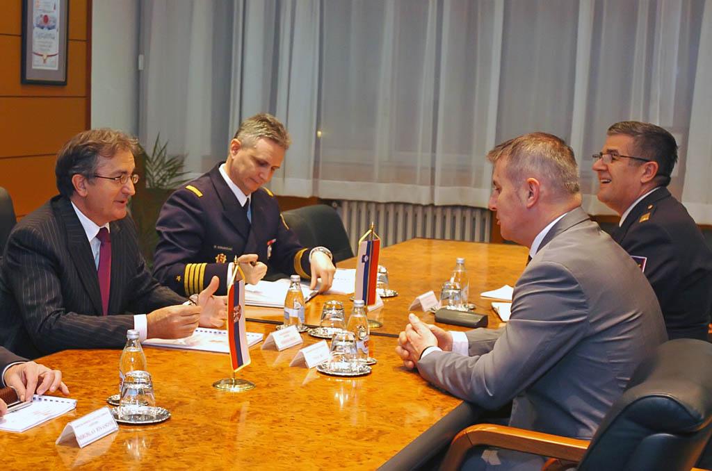 Састанак министра Родића са амбасадором Словеније