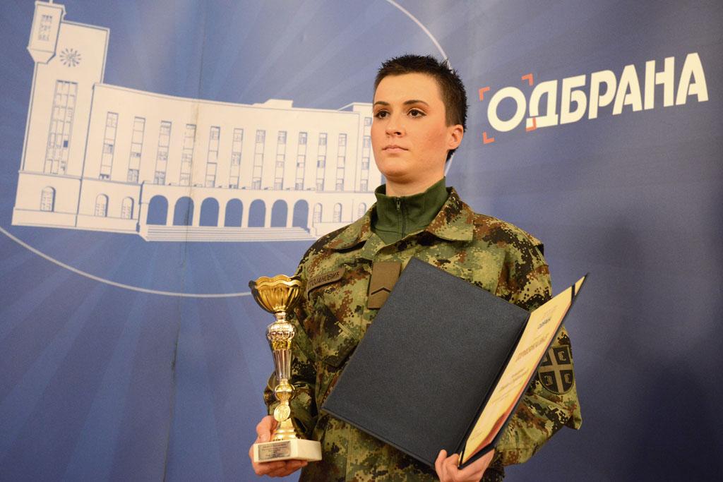 Razvodnica Ivana Stojanović najbolja sportistkinja Vojske u 2013