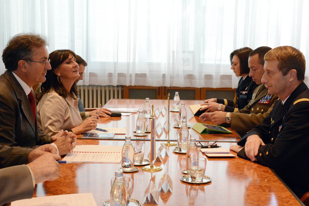 Meeting between the Minister of Defence and Chairman of the European Union Military Committee
