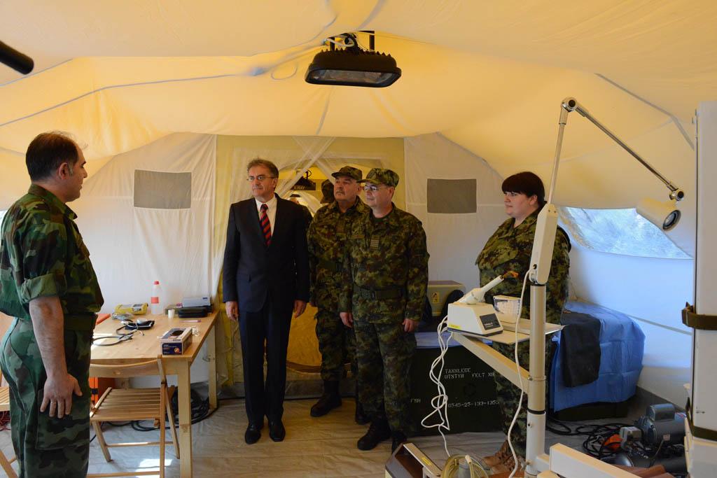 Министар одбране обишао пољску болницу Војномедицинске академије