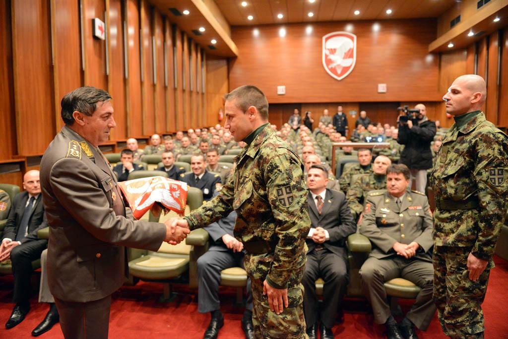 Припадници Војске Србије испраћени у мисију ЕУ у Сомалији