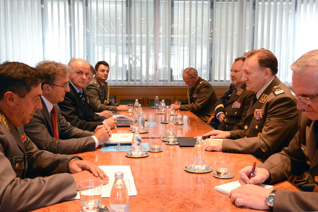 Minister Rodic meets with the Croatian CHOD