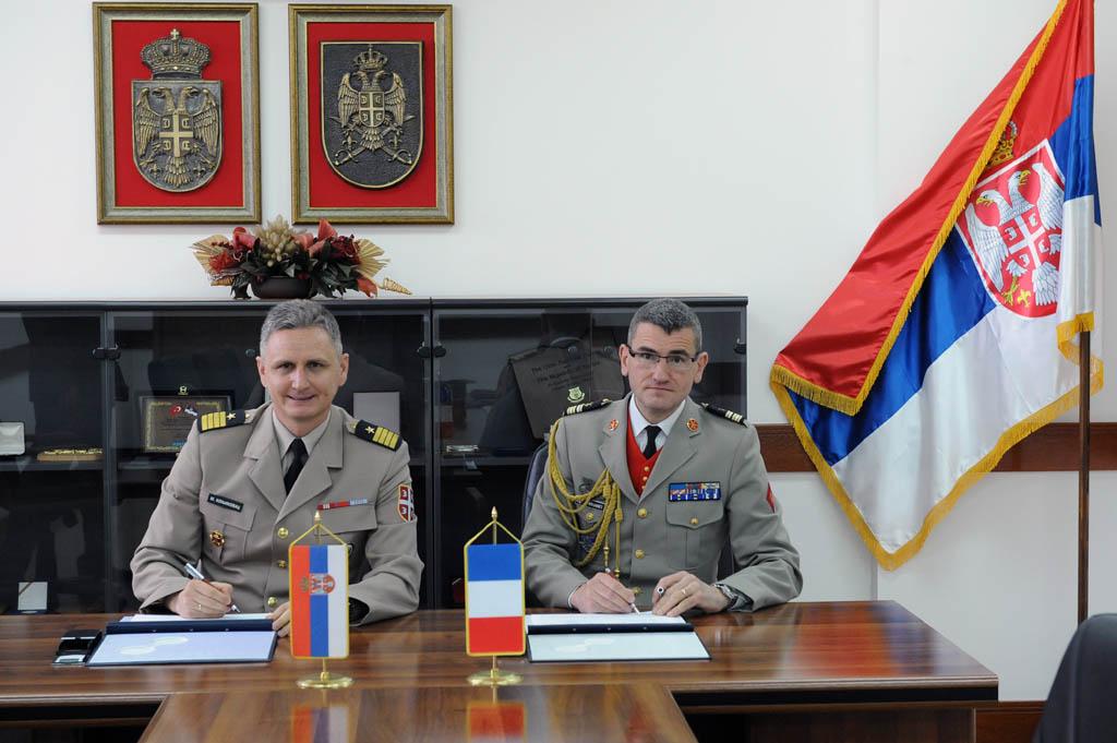 Потписан План билатералне војне сарадње са Француском
