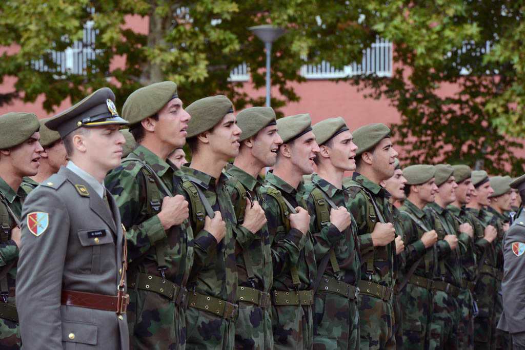 Soldiers and cadets of the MA and reserve officers school listeners pledge allegiance