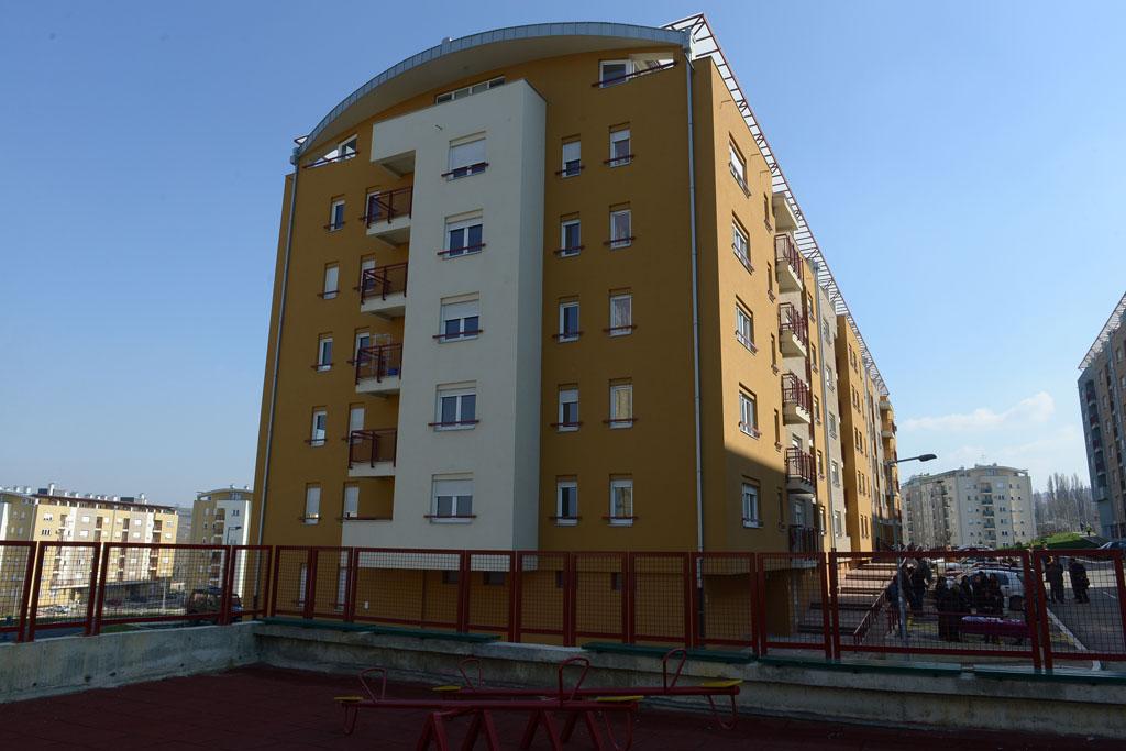 Уручени кључеви нових станова у насељу Степа Степановић