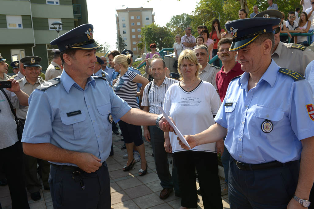 New apartments distributed to members of the defence system