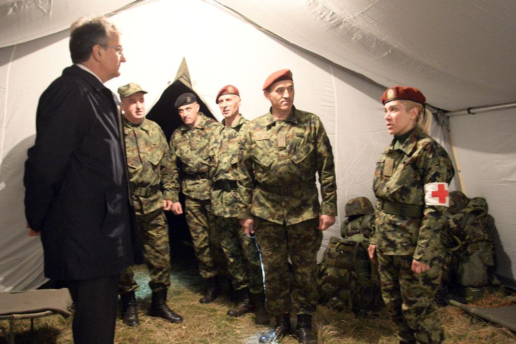 Ministar Rodić na logorovanju Specijalne brigade