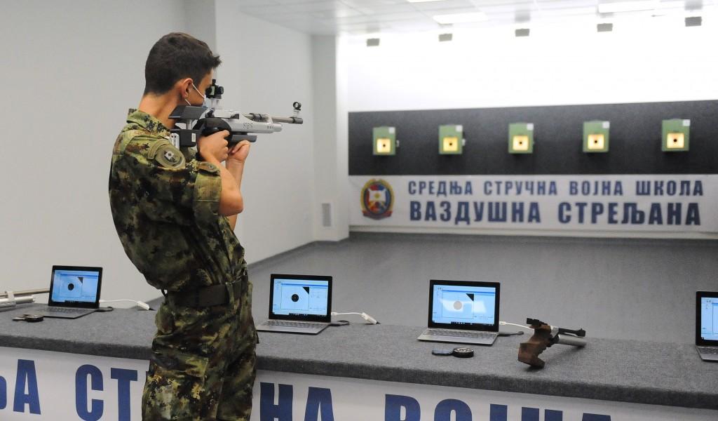 Министар Вулин отворио ваздушну стрељану у интернату Војне гимназије