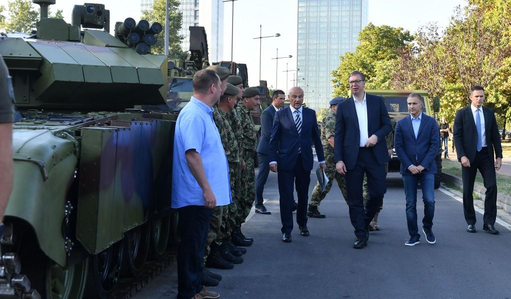 Председник Вучић Грађани могу да буду поносни на своју војску