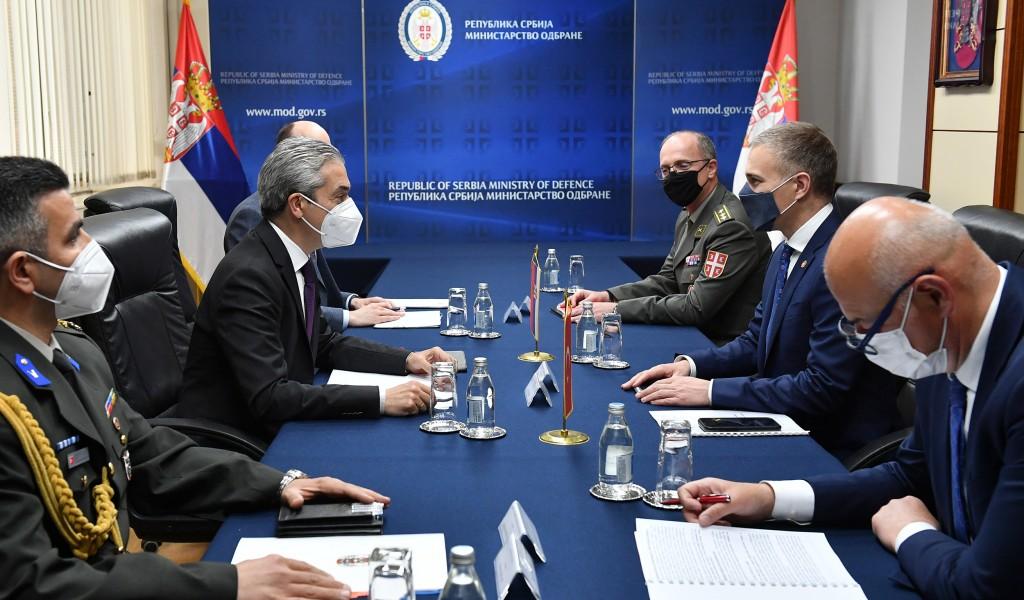 Sastanak ministra Stefanovića sa ambasadorom Turske Aksojem