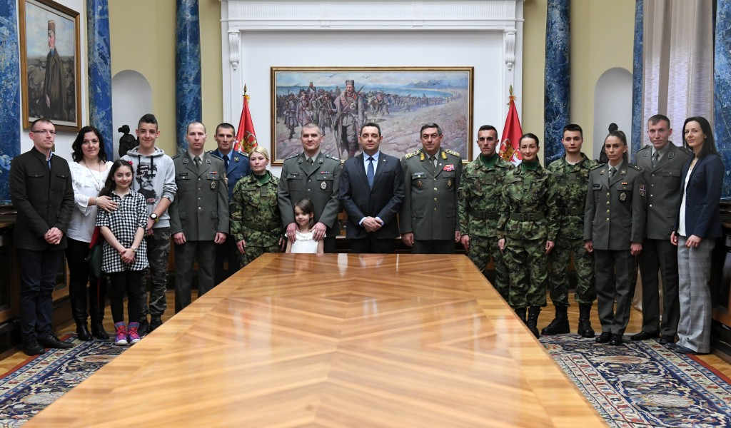 Министар Вулин Србија улаже у најбоље