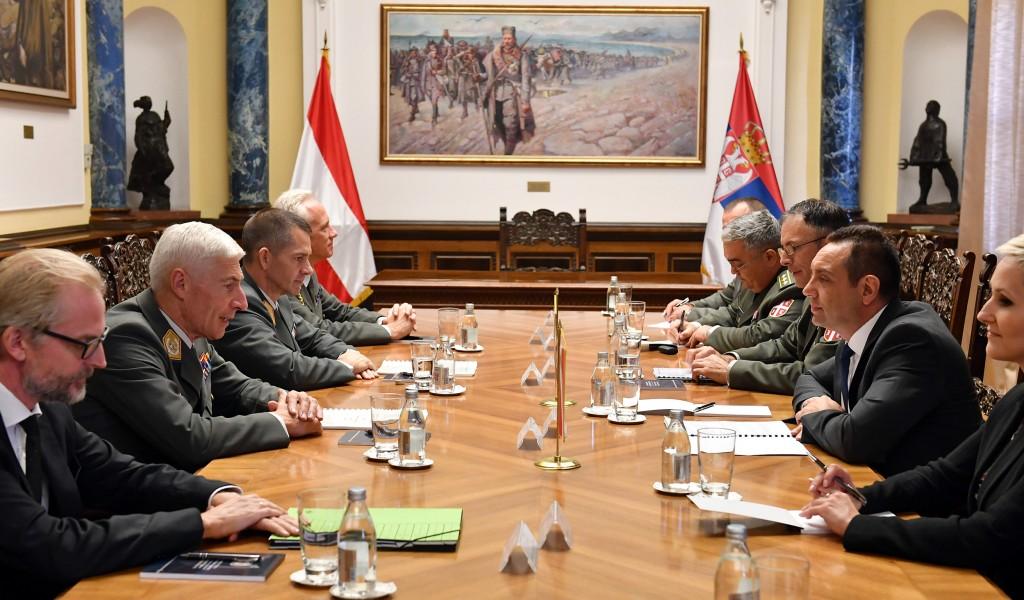 Састанак министра Вулина и генерала Бригера