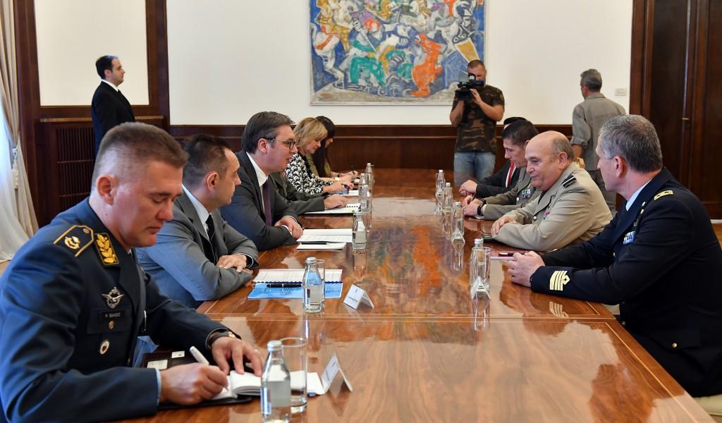 Sastanak predsednika Vučića sa predsedavajućim Vojnom komitetu NATO