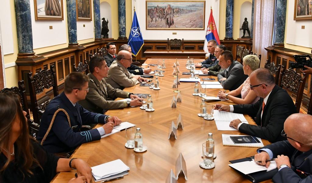 Sastanak ministra Vulina i maršala Piča