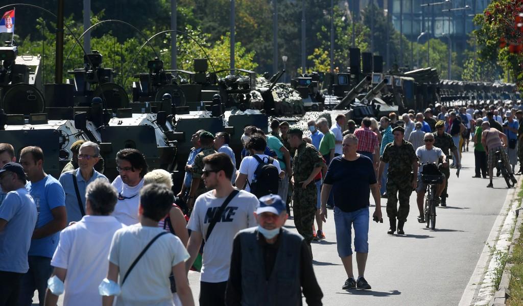 Бројни посетиоци на приказу наоружања и војне опреме на Ушћу
