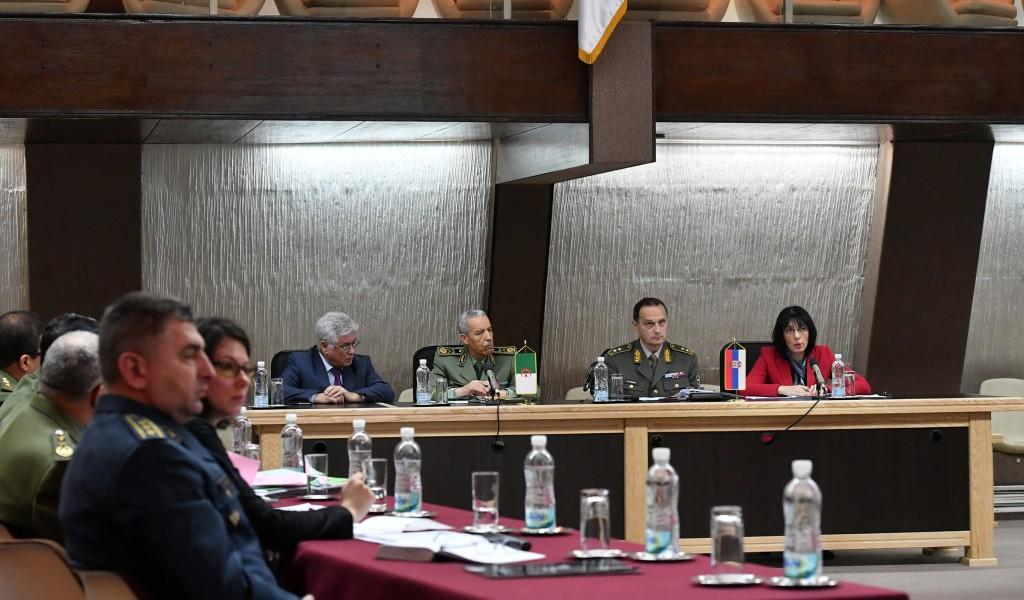 Шесто заседање Мешовите комисије за сарадњу у области одбране са ДНР Алжир