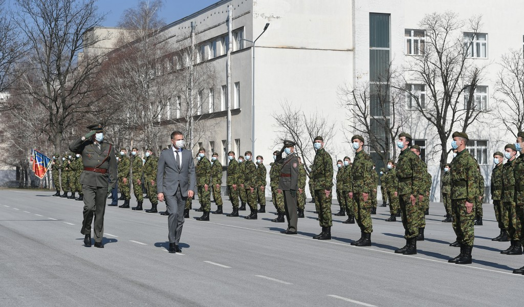 Minister Stefanović attends youngest reserve officers promotion ceremony