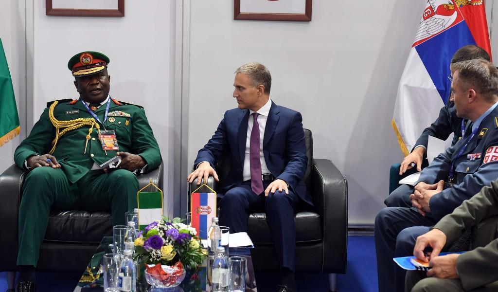 Састанак министра Стефановића и генерала Олуједеа