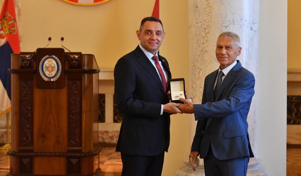 High Russian decoration for Minister of Defence Aleksandar Vulin