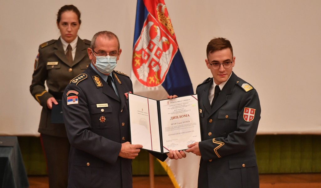 Uručene diplome kadetima i studentima Vojne akademije