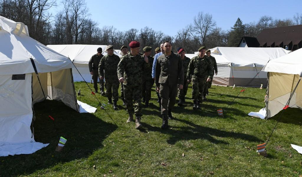 Министар Вулин Отворен камп у Моровићу