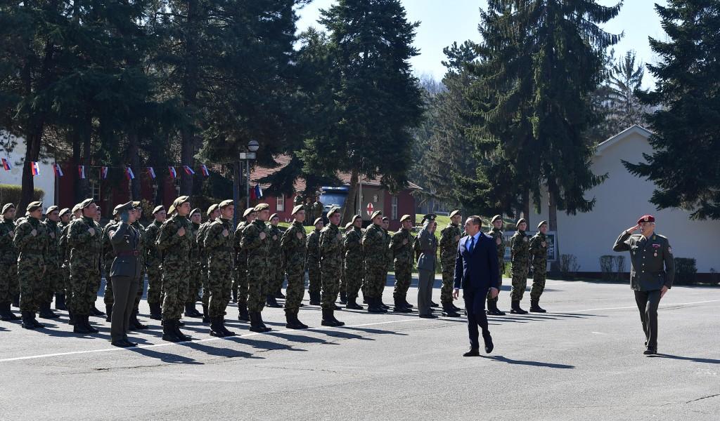 Министар Вулин на полагању војничке заклетве у Лесковцу Војска Србије се не да поколебати без обзира одакле опасност прети