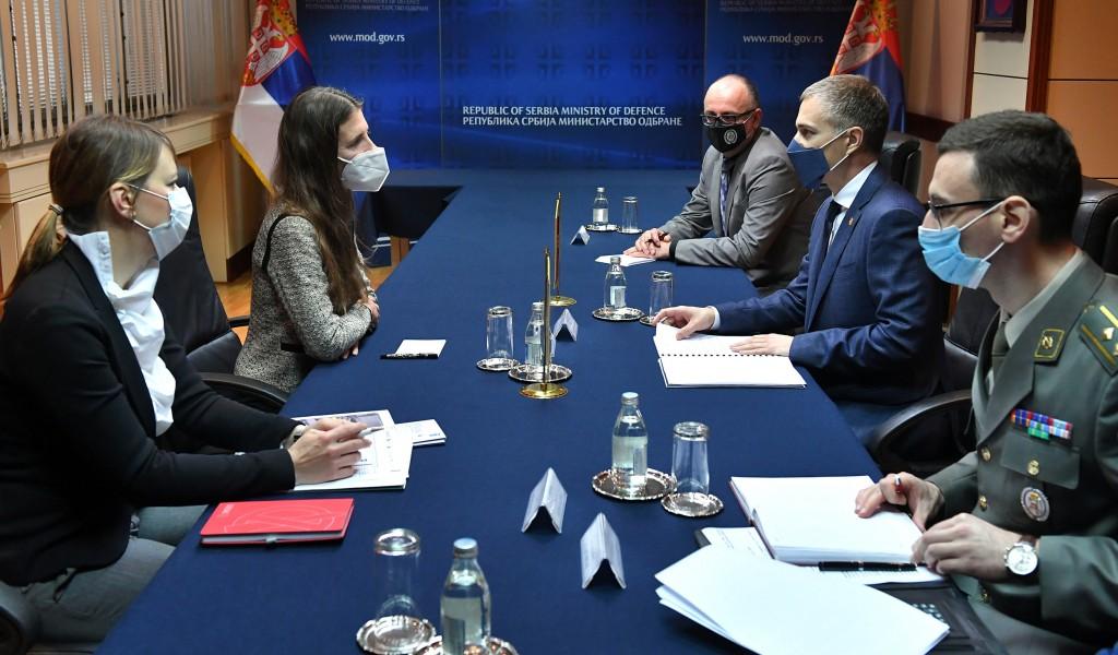 Sastanak ministra Stefanovića sa stalnom predstavnicom Programa UN za razvoj Fransin Pikap