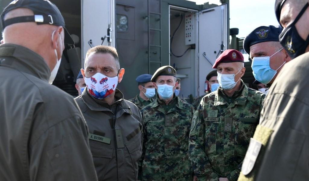 Ministar Vulin na prvom bojevom gađanju iz bespilotne letelice CH 92A