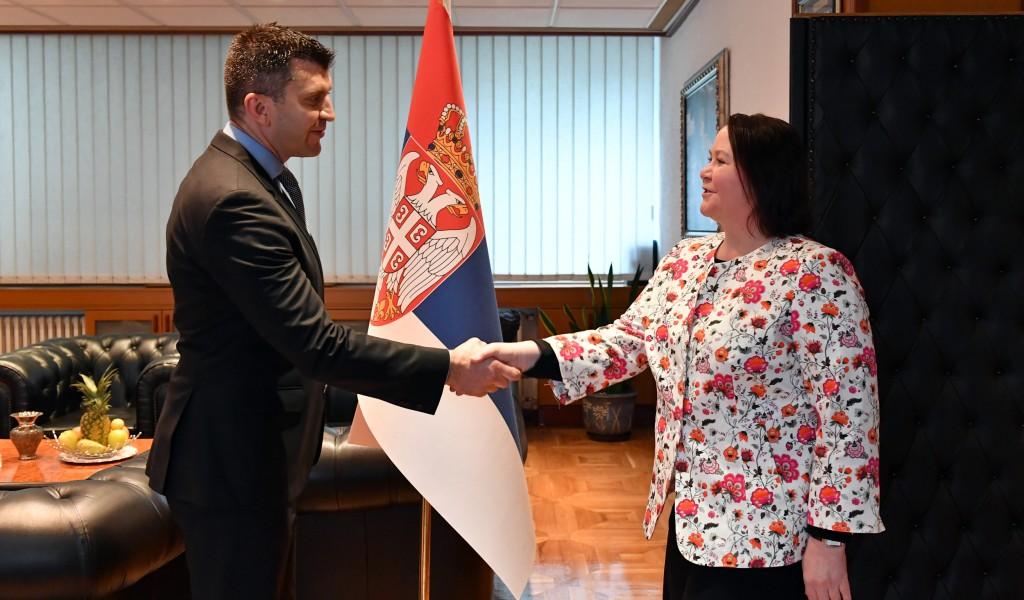 Министар Ђорђевић са шефицом Канцеларије УН за развој