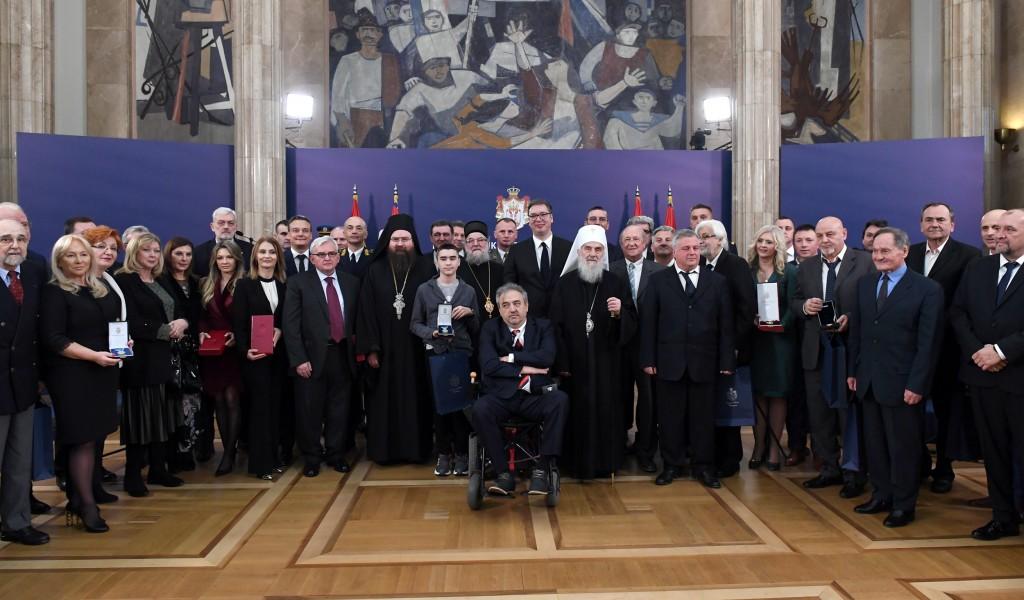 Predsednik Vučić uručio odlikovanja povodom Dana državnosti Srbije